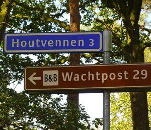 Let op de bordjes naar Houtvennen en Wachtpost 29